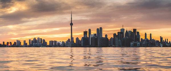 Toronto Community Guide